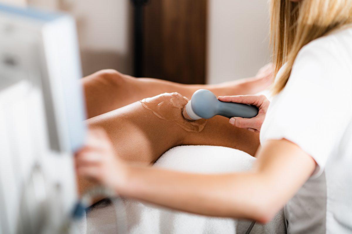 Glucosamine Úc 180 viên là sản phẩm phù hợp cho những người có vấn đề về xương khớp.