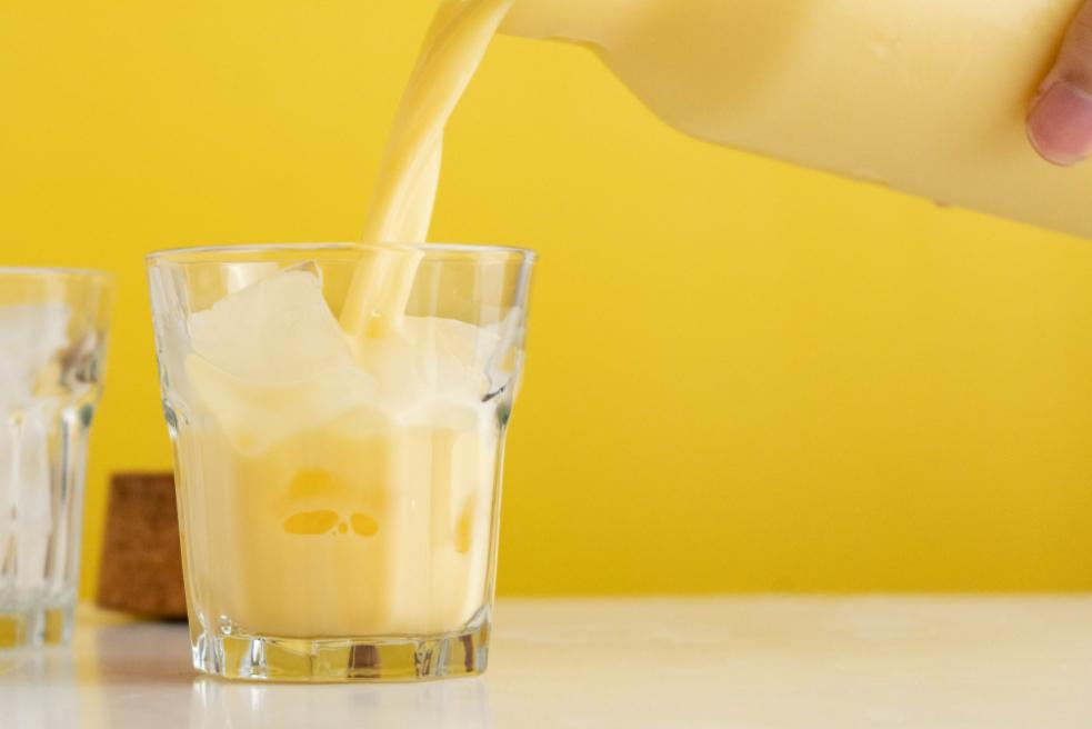 Làm sữa bắp bằng máy làm sữa hạt Ranbem